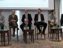 Specialistii in ecommerce:...