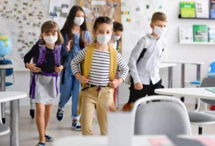 Primăria Sectorului 3 licitează pentru măști și dezinfectanți pentru școli