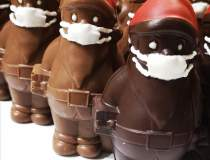 Moș Crăciun din ciocolată, cu...