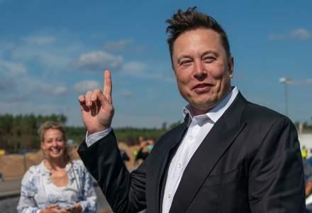 Elon Musk, mai bogat decât Bill Gates