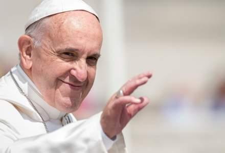 Papa Francisc: Orice formă de violență asupra femeilor e o profanare adusă lui Iisus