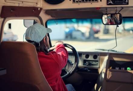 Tinerii din medii defavorizate pot obține permisul de conducere gratuit