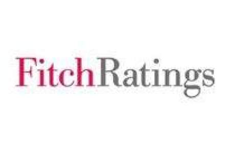 Fitch a taiat perspectiva ratingurilor Greciei la negativa