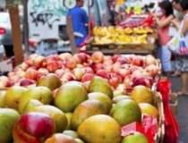 Doua fructe de mango au fost...