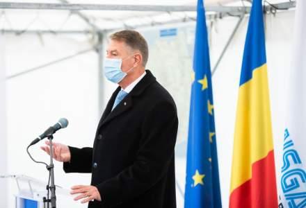 Klaus Iohannis: Vom avea unul sau două vaccinuri disponibile și pentru România, la începutul anului 2021