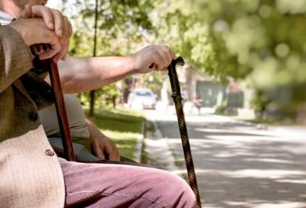 S-au ținut de promisiuni politicienii? Ce s-a întâmplat cu pensiile românilor de la ultimele alegeri și până în prezent