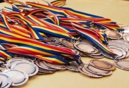 Bravo, Romania! Patru medalii si locul trei pe natiuni la Olimpiada Europeana de Matematica pentru Fete