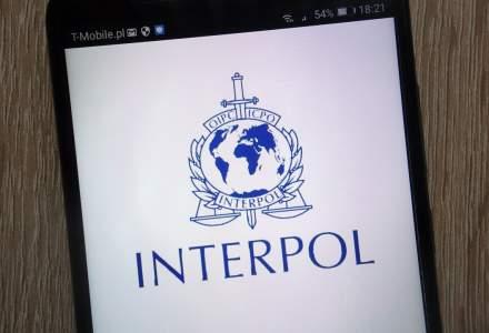 Interpol avertizează în legătură cu vaccinurile împotriva COVID-19 contrafăcute