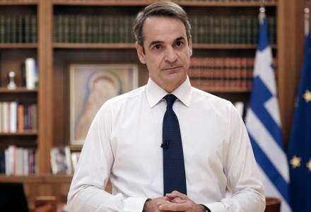 Se întâmplă și la case mai mari: Premierul grec, criticat pentru o plimbare cu bicicleta, în plină pandemie