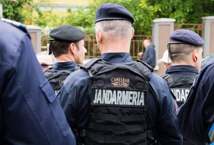 Jandarmii au oprit un bucureșțean care nu purta mască și au descoperit că era căutat pentru furt