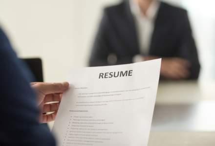 Ce joburi au mai căutat românii în luna noiembrie. Domeniile cu cele mai multe aplicări
