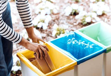 Patru tineri antreprenori au investit 10.000 euro în prima platformă de reciclare pentru companii