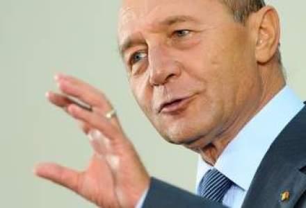 Basescu: Asistam la apropierea dintre NATO si UE in fata unei primejdii comune, Rusia