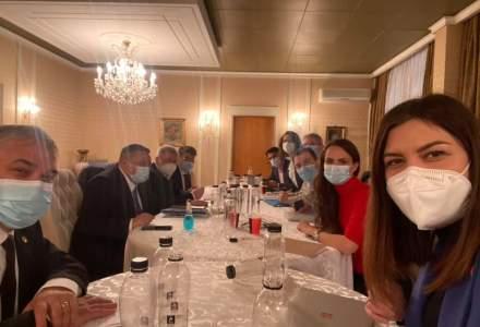 Negocierile pentru constituirea coaliției de guvernare au fost sistate