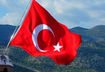 Turcia va intra în lockdown total timp de cinci zile