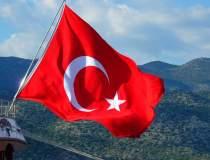 Lumea literară din Turcia,...
