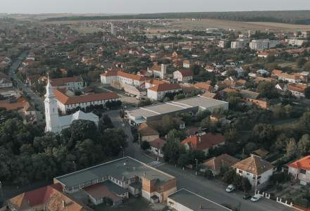 Cum arată un oraş din România după ce primarul i-a pus pe asistaţii social la muncă