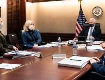 Donald Trump îl roagă pe Mike...