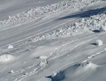 Risc iminent de avalanşă în...