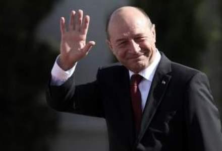 Basescu, in sectia de votare: Am votat pentru un partid nou