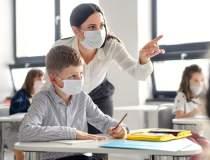Peste 80% dintre profesori şi...
