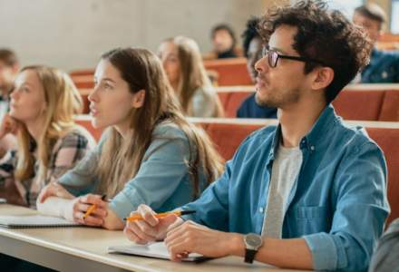 Huawei oferă burse de 5.000 euro pentru profesorii universitari
