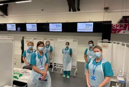 """Marea Britanie """"dă bice"""" campaniei de vaccinare în masă în cel mai critic moment al pandemiei"""