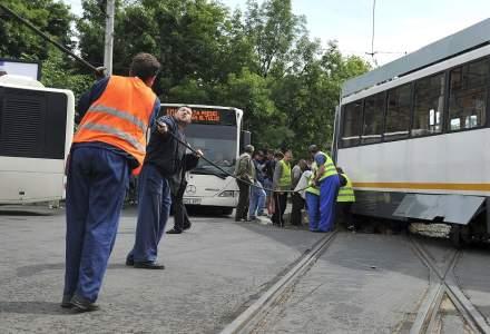 Un tramvai a deraiat în București