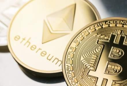 Bitcoin pare să își revină după o scădere de 10.000 de dolari: la cât a ajuns criptomoneda