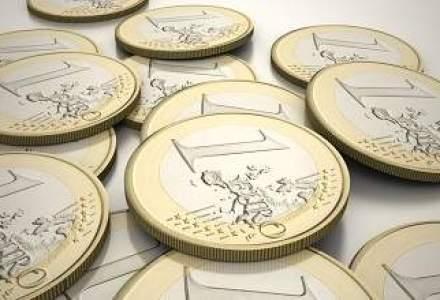 Cursul se mentine sub 4,4 lei/euro