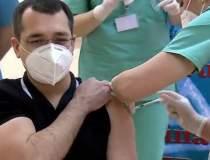 Vlad Voiculescu s-a vaccinat...