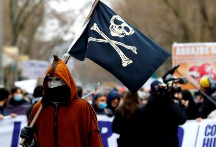 Proteste la Madrid împotriva restricțiilor anti-COVID-19