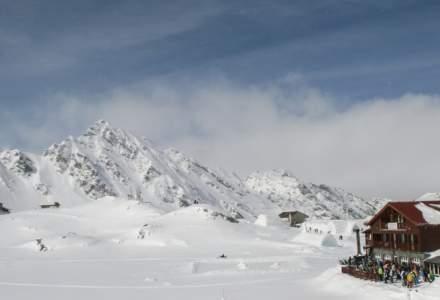 Salvamont Sibiu: Risc foarte mare de avalanşe în Munţii Făgăraş