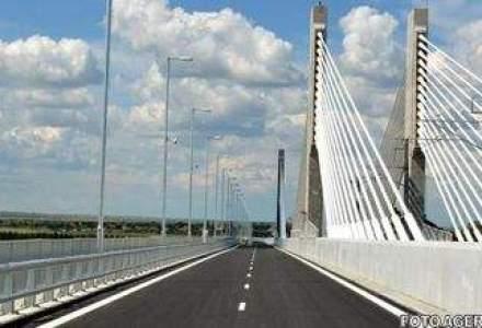 Un an de la inaugurarea podului Calafat - Vidin: circa 500.000 de vehicule au tranzitat drumul de legatura dintre Romania si Bulgaria