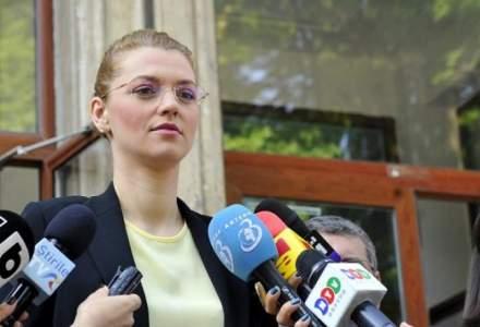 Alina Gorghiu: Nu e cazul ca Vlad Voiculescu sa isi dea demisia acum