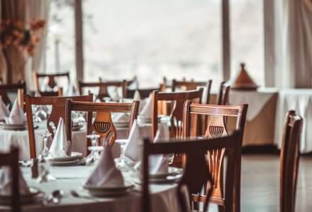 Reprezentanții Hotelurilor și Restaurantelor din România dau statul în judecată pentru restricționarea activității
