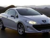 Modelul decapotabil Peugeot...