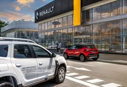 Renault suspendă producţia la mai multe uzine din cauza lipsei de cipuri