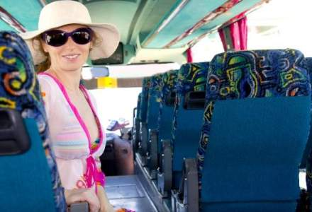 Criza schimba mijlocul de transport: jumatate din turistii romani merg cu autocarul in vacanta