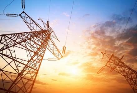 Cu cât s-a scumpit în luna ianuarie energia electrică în România