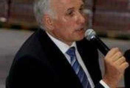 Salariul brut al unui angajat in cea mai mare fabrica Tymbark Maspex Romania: 2.300-2.400 lei