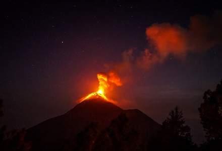 [VIDEO] Erupție vulcanică în Italia. Un aeroport a fost închis în SIcilia