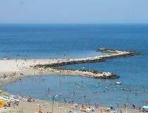 Record de turisti la mare in...