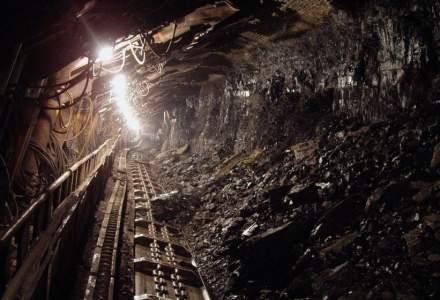 Situația minerilor care protestează în subteran: Administratorul CEH spune că vor primi salariile până pe 26