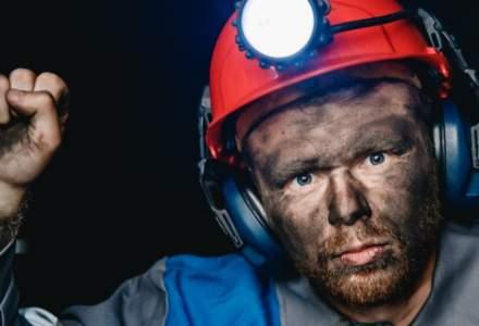 Se stinge conflictul din Valea Jiului. Minerii s-au retras din Curtea Complexului Energetic