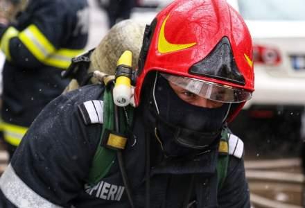 Incendiu la un bloc din București