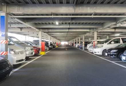 O parcare cu bucluc: cât timp și-a căutat un bărbat mașina