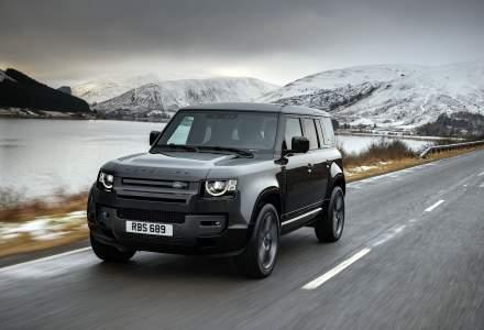 Land Rover prezintă Defender V8 și Defender V8 Carpathian Edition