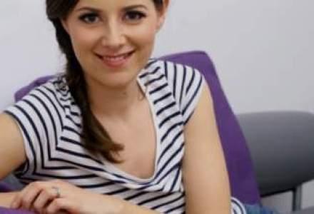 Gustul dulce al antreprenoriatului: povestea unei tinere care modeleaza prajituri chiar si 22 de ore pe zi