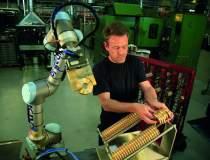 Braț robotic programabil -...